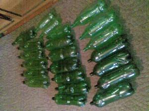 Елки из пластиковых бутылок