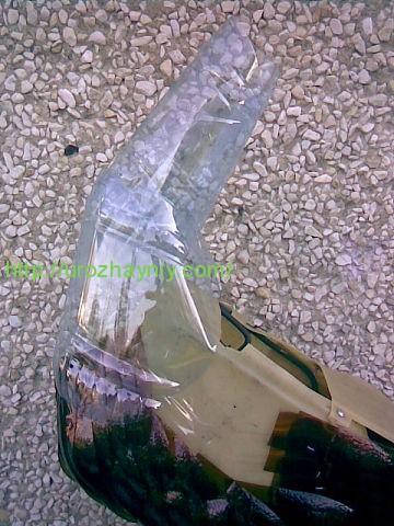 Как сделать павлина из пластиковых бутылок.  Автор Алена Зиновьева.