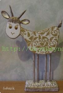 Коза из картона