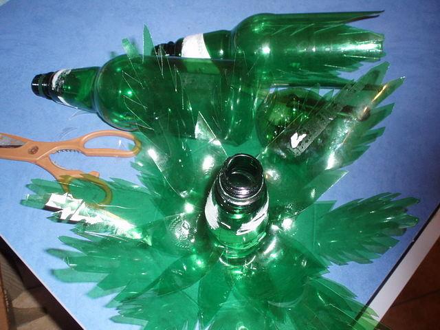 Пальма из пластиковых бутылок - как сделать своими руками 6