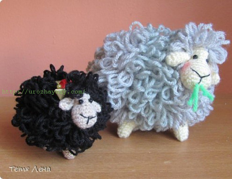 Вяжем овечку крючком